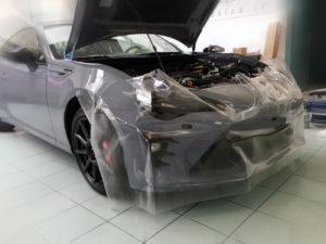 Adesivo trasparente proteggi carrozzeria