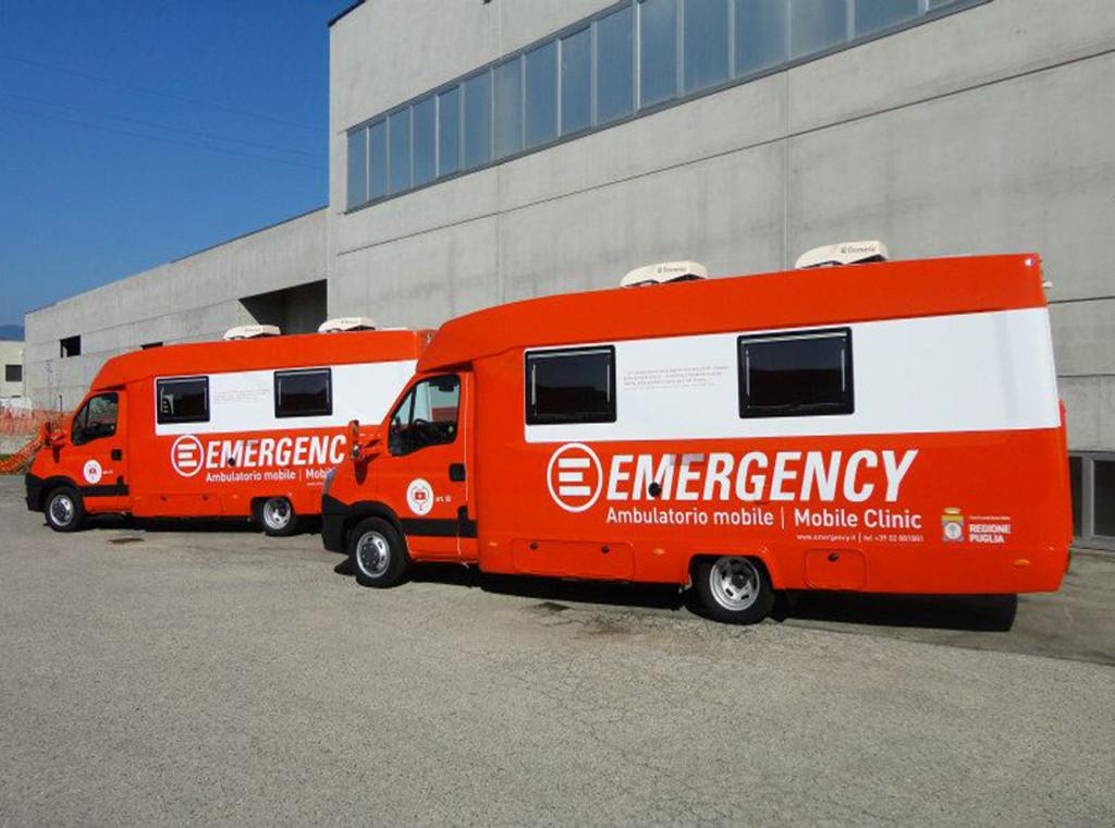 Ambulatori mobili Emergency - decorazione con adesivi prespaziati 3