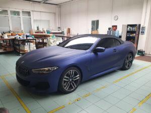 Car wrapping personalizzazioni BMW 840 avery oscuramento fari vetri