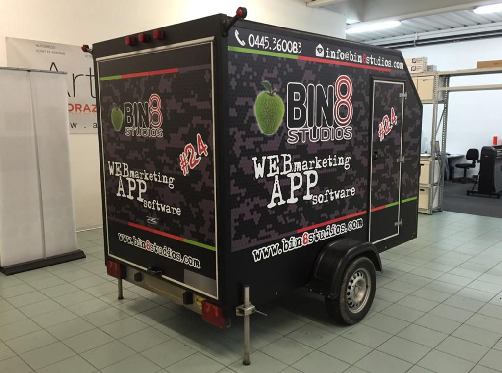 Decorazione carrello portamoto adesivi stampati binotto bin8 motocross