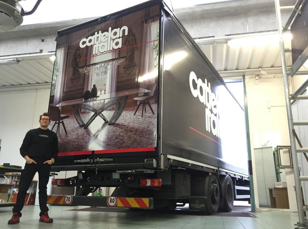 Decorazione flotta aziendale furgoni camion cattelan italia