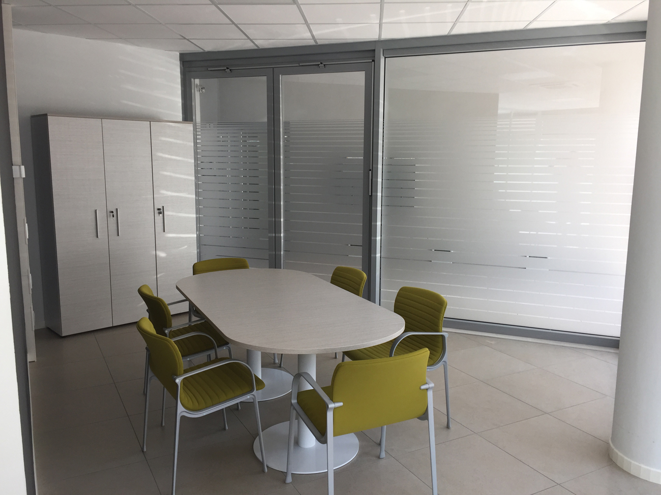 Decorazione interni ufficio pellicole intagliate effetto for Blog decorazione interni