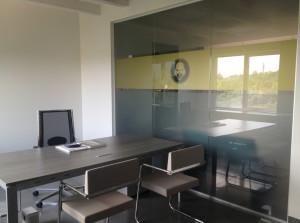 Decorazione interno uffici adesivi smerigliato oro sabbiato