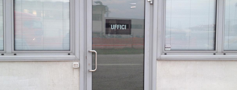 Decorazione vetrate con pellicola smerigliata