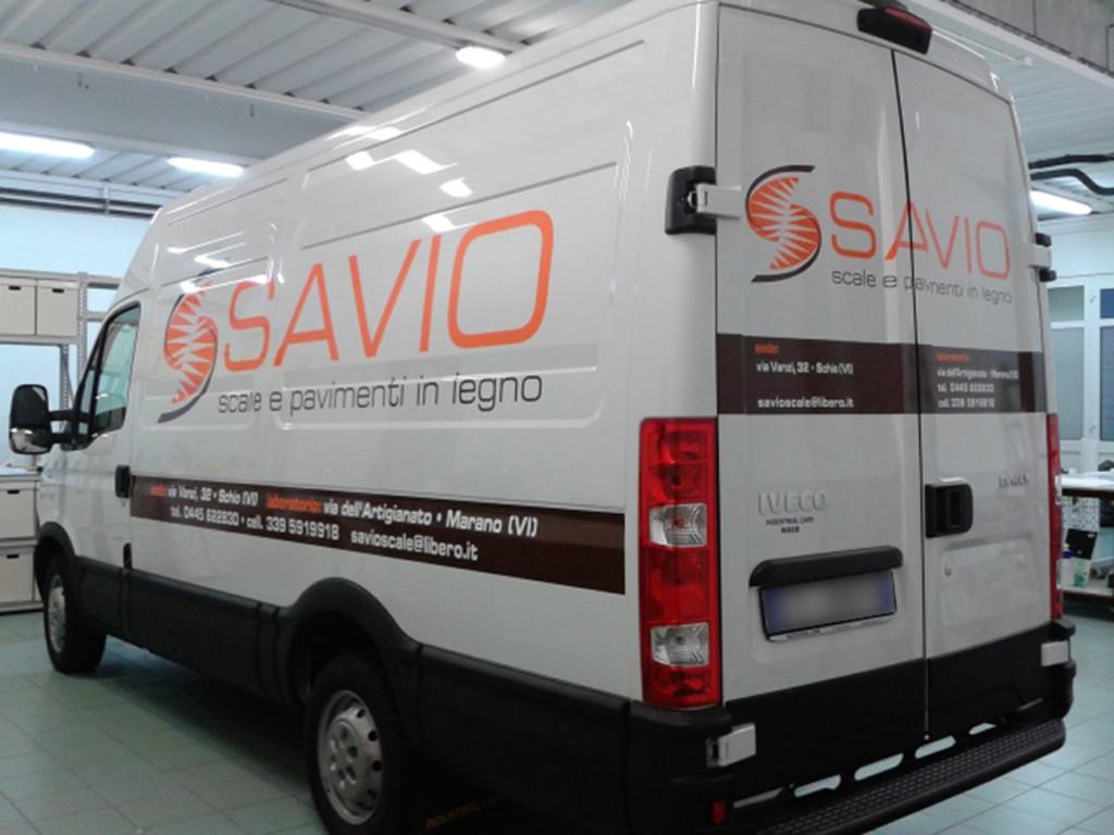IVECO DAILY PASSO MEDIO - impostazione grafica e decorazione