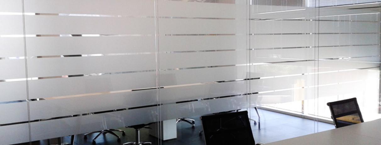 Impostazione grafica e decorazione interno ufficio