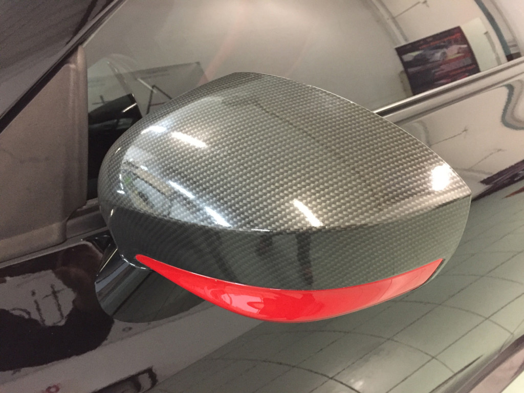 Nissan GT-R wrapping pellicola carbonio lucido carbon gloss sott elemento 6