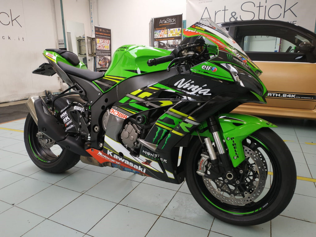 Personalizzazione Kawasaki Ninja livrea replica SBK