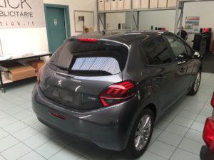 Peugeot 208-pellicola-oscurata-solare-gradazione-20-thiene-vicenza