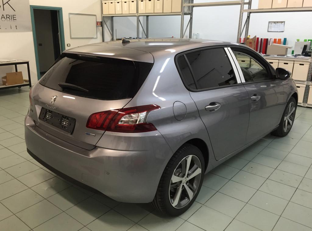 Peugeot 308 pellicola oscurata solare gradazione 05