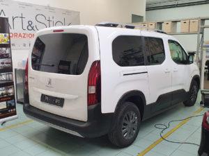 Peugeot Rifter con pellicola oscurata gradazione 05 thiene vicenza