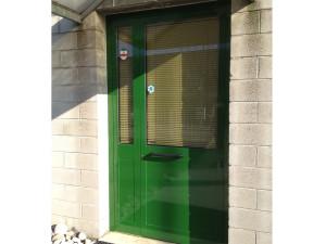 Ristrutturazione vecchio serramento porta