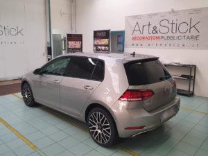 Volkswagen Golf con pellicola oscurata gradazione 20 thiene vicenza