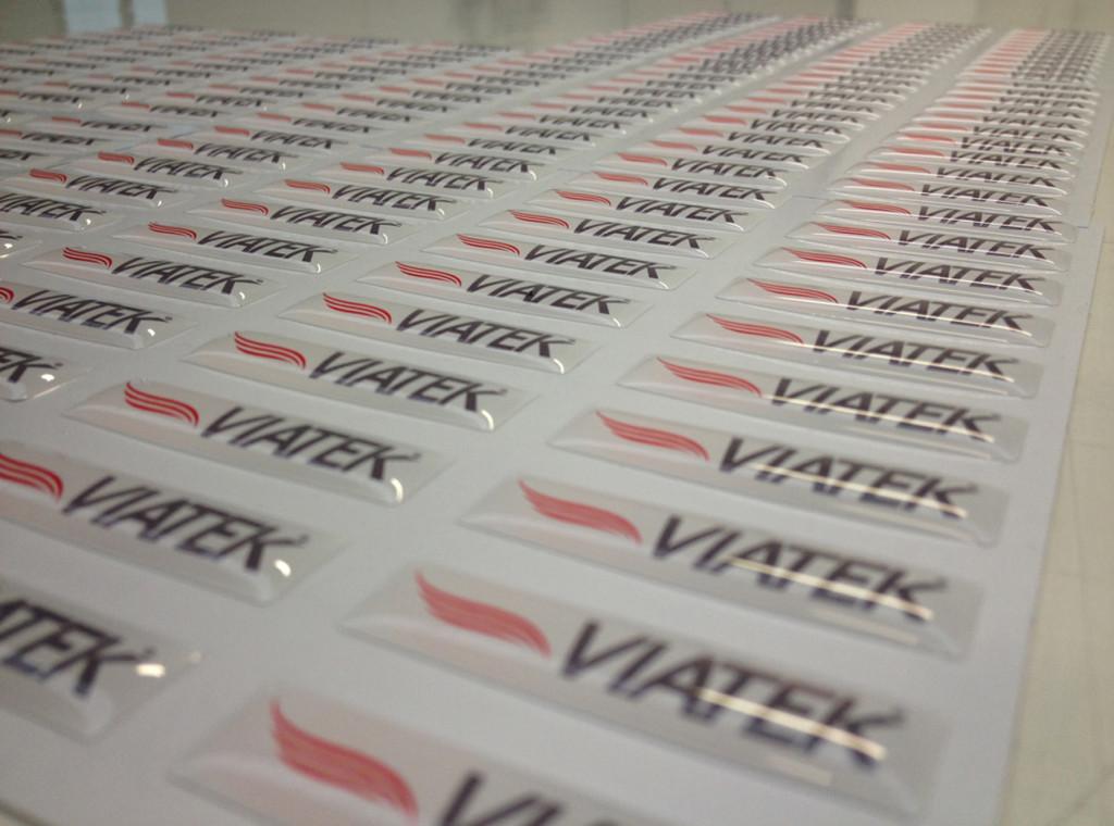 etichette resinate 3D in rilievo