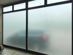 copertura vetrate effetto smerigliato privacy