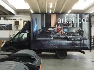 decorazione furgone aziendale adesivi stampa digitale arketipo