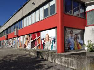 decorazione vetrine market stampa digitale artestick