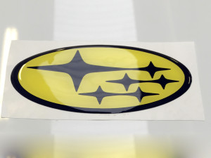 etichette resinate 3D in rilievo logo subaru