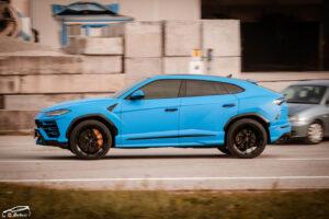 lamborghini-urus-car-wrapping-rivestimento-3m-1080-matte-riviera-blue servizio fotografico