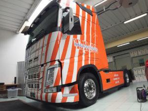 motrice volvo camion-decorazione-cast-prespaziati-trn 1