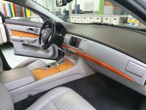 rivestimento interni jaguar pellicola effetto legno radica stampata